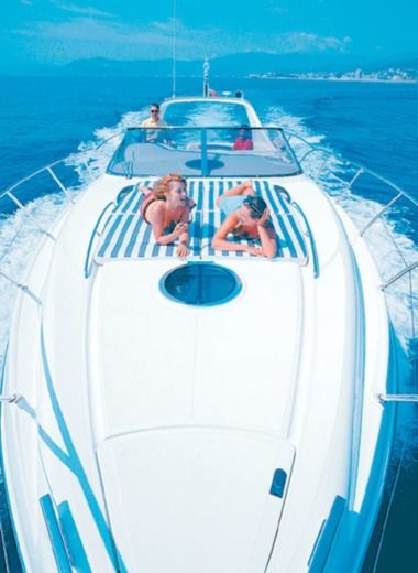Charter motorboat in Grimaud peer-to-peer