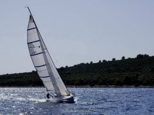 Justin Yachts Fast Wave 30 in Zadar