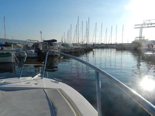 Mano Marine 21.50Wa in La Ciotat peer-to-peer