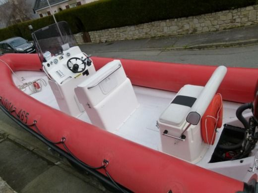 RIB Humber 7.50 M for hire