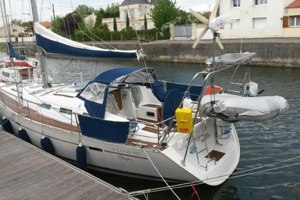 Location Voilier BENETEAU OCEANIS 393 Guadeloupe