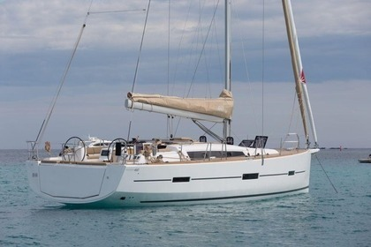 Rental Sailboat DUFOUR 460 Pollença
