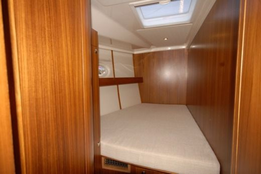 Sailboat Elan 514 for rental
