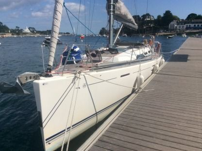 Charter Sailboat Dufour 40E Performance Larmor-Baden