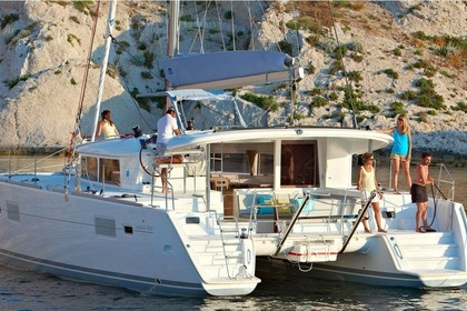 Rental Catamaran LAGOON 400 S2 Laurium