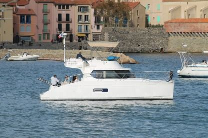 Rental Motorboat Fountaine Pajot Highland 35 Pilot Argelès-sur-Mer