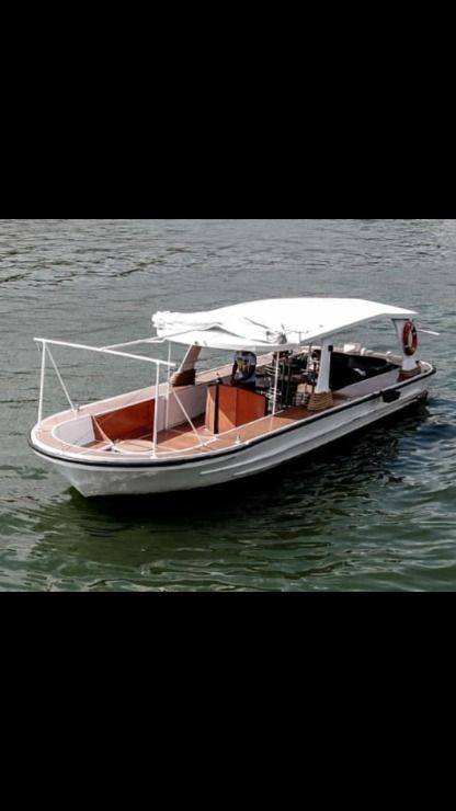 Miete Motorboot Riva River Cruiser Paris