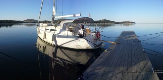 Elan 344 in Biograd na Moru for hire