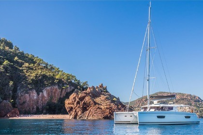 Location Catamaran FOUNTAINE PAJOT HELIA 44 Cannes
