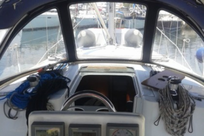 Rental Sailboat Beneteau Oceanis Clipper 34 Pireas