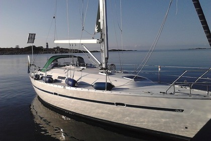Hire Sailboat BAVARIA 38 HOLIDAY Furusund