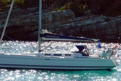 Rental Sailboat DUFOUR 40 Roses