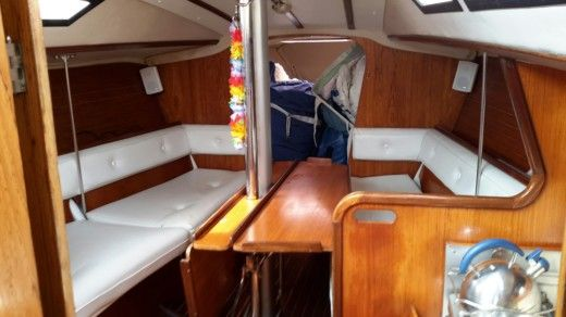 Sailboat Jeanneau Selection 37 for hire