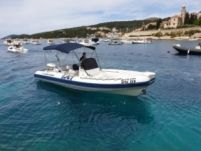 Joker Cluban 26 in Hvar for rental