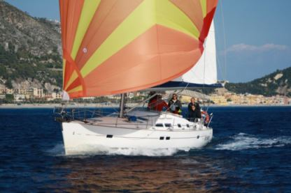 Rental Sailboat Beneteau Oceanis 423 Clipper Finale Ligure