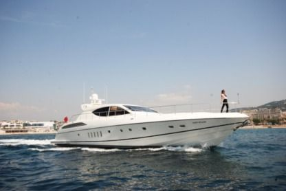 Noleggio Yacht a motore Leopard - Robertson & Caine 24 Cannes