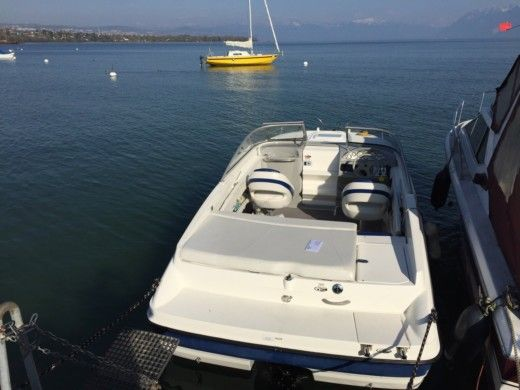 BAYLINER 652 CU in Morges peer-to-peer