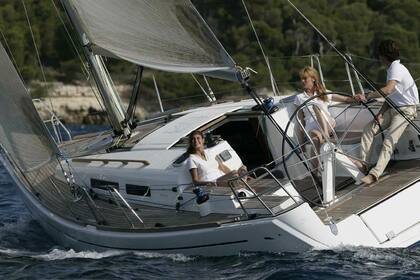 Rental Sailboat Dufour Dufour 34 Performance Brest