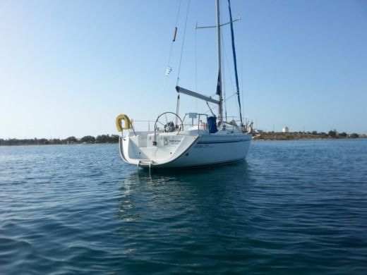 Charter sailboat in Heraklion peer-to-peer