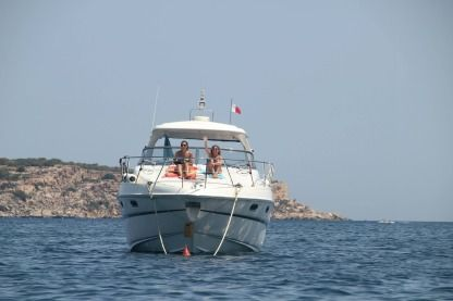Rental Motorboat Sealine S41 Sliema