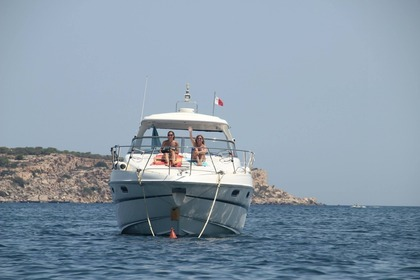 Miete Motorboot Fairline Targa GT52 Gozo