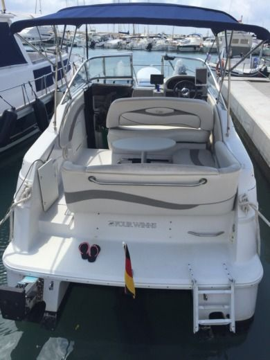 Motorboot Four Winns Vista 238 zu vermieten