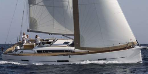 Sailboat Dufour 460 Grand Large for hire