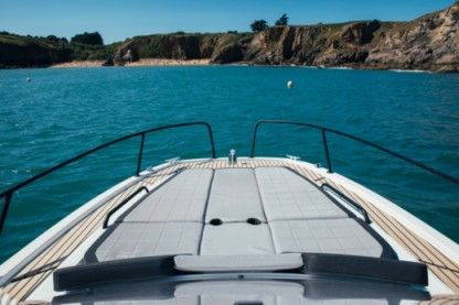 Rental Motorboat Beneteau Flyer 8 Sundeck Cambrils