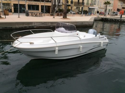 Charter motorboat in La Seyne-sur-Mer peer-to-peer