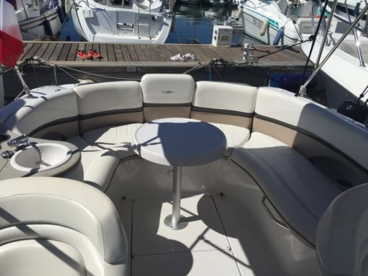 Motorboot Four Winns Sundowner 255 zwischen Privatpersonen