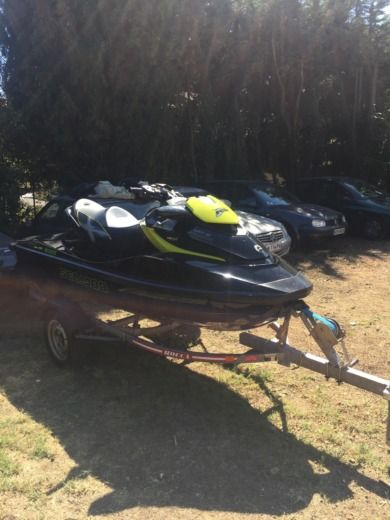 Brp Seadoo RXT 260 RS in Antibes for hire