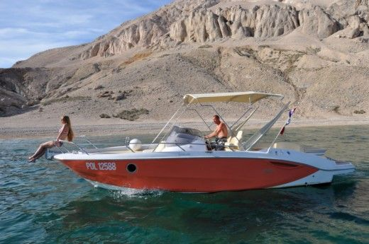 Sessa Marine Key Largo 27 Inboard in Split zu vermieten