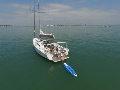 Rental Sailboat Dufour 56 Exclusive La Rochelle