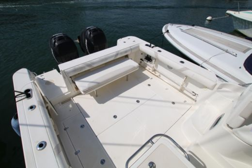 Boston Whaler Conquest 305 a Marzamemi