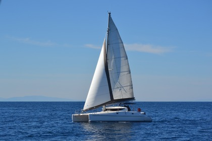 Hire Sailboat FOUNTAINE PAJOT ATHENA 38 Sporades