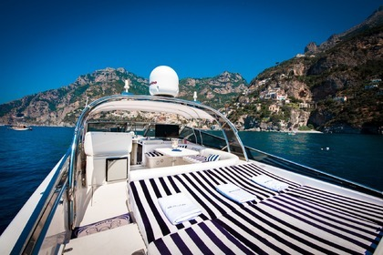 Hire Motorboat ITAMA 46 Sorrento