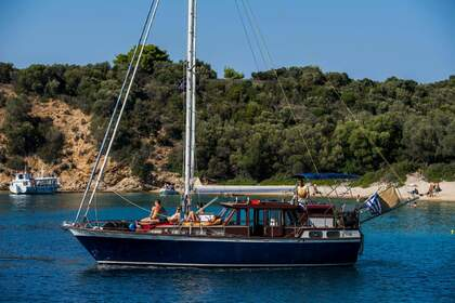 Rental Sailboat Nauticat Finmar 36 Syros