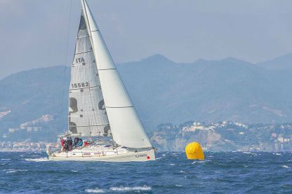 Rental Sailboat Hanse 37 Varazze