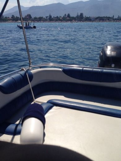 Motorboat RANIERI 23 Sea Lady 23 for hire
