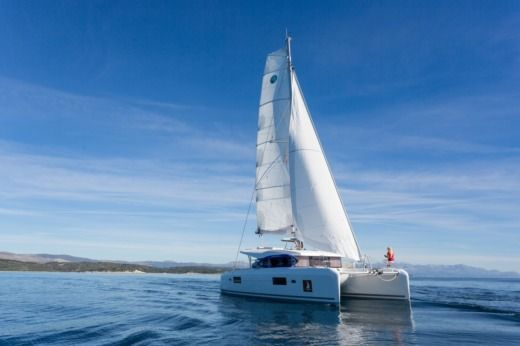 BENETEAU Lagoon 42 in Trogir peer-to-peer