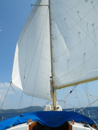 Sailboat Penryn Engineering Boatbuilding Nova 27 for hire