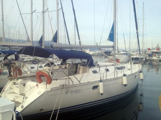 Sailboat Jeanneau Sun Odyssey 42.2 for hire