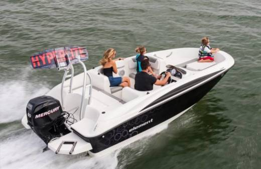 Motorboat Bayliner Element E5 for hire