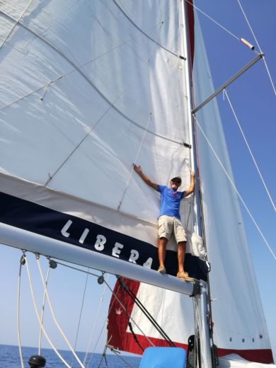 Sailboat Beneteau Cyclades 39.3