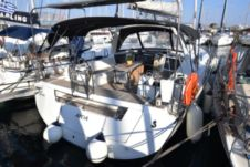 Sailboat Beneteau Oceanis 45 for rental