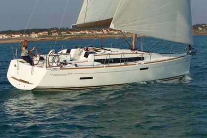 Rental Sailboat JEANNEAU Sun Odyssey 379 DL Arzon