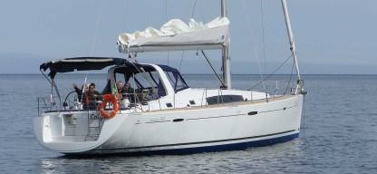Rental Sailboat Beneteau Oceanis 50 Family Puntone di Scarlino