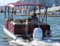 Motorboat Manitiu 230 for rental