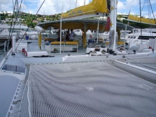 Motorboat Catamaran 25M for hire
