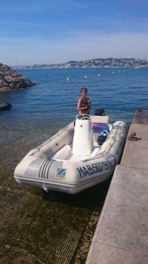 Charter rIB in Marseille